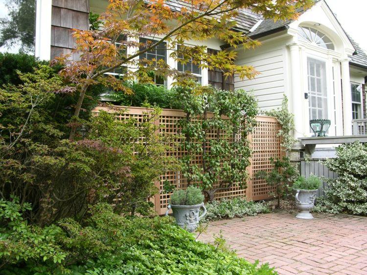 Kleingarten mit Sichtschutz Ideen bei begrenzter Fläche