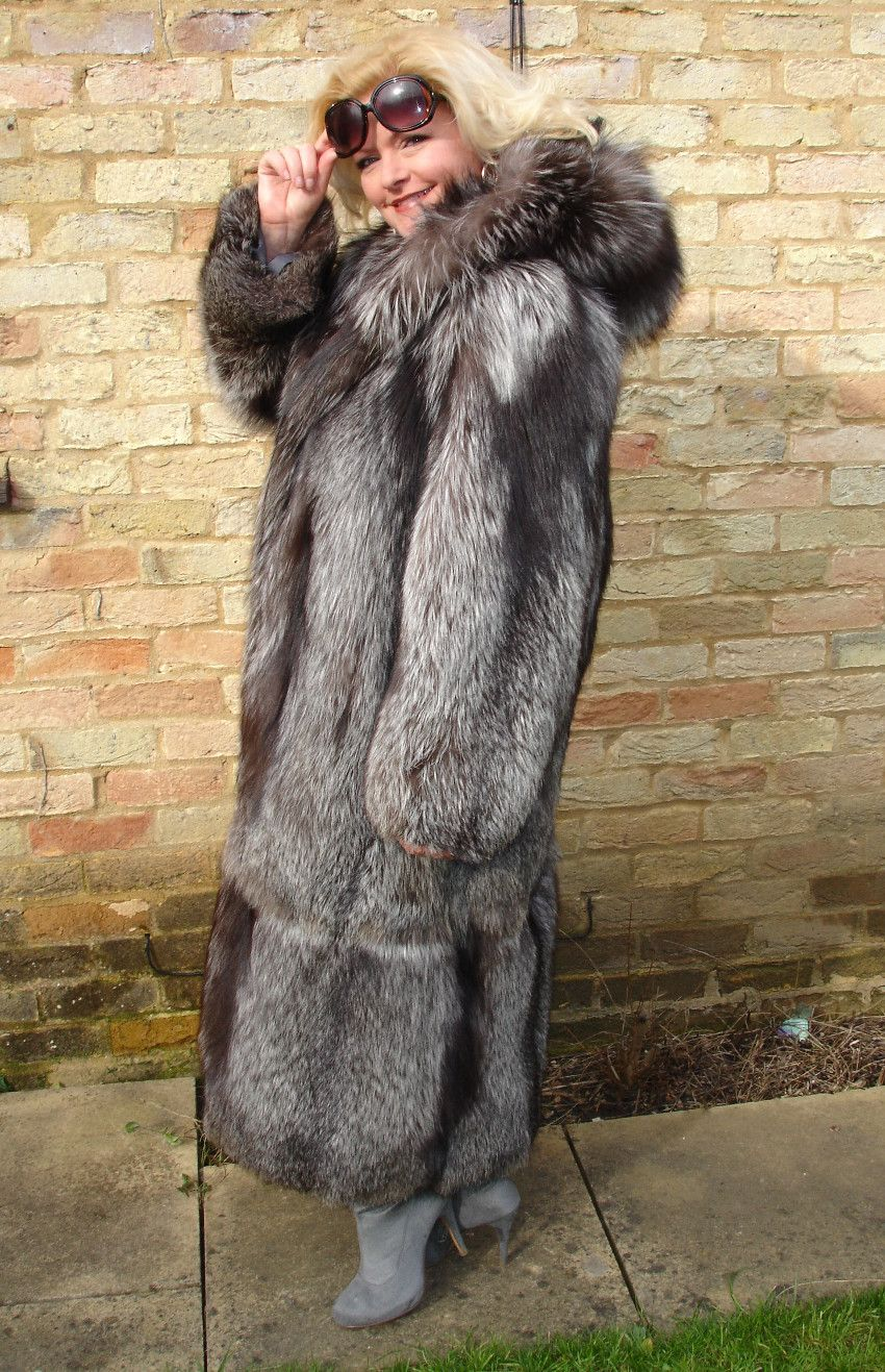 silver fox parka hooded - Google Search | Fur Coats | Pinterest ...