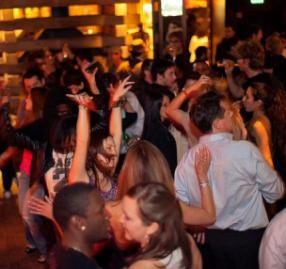 Creep among the slinky black dress crowd at the Matrix Fillmore.    http://www.bachelor10.com/venue/93/san-francisco/matrixfillmore