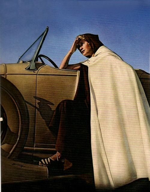 Photo by George Hoyningen-Huene, Vogue, 1934.