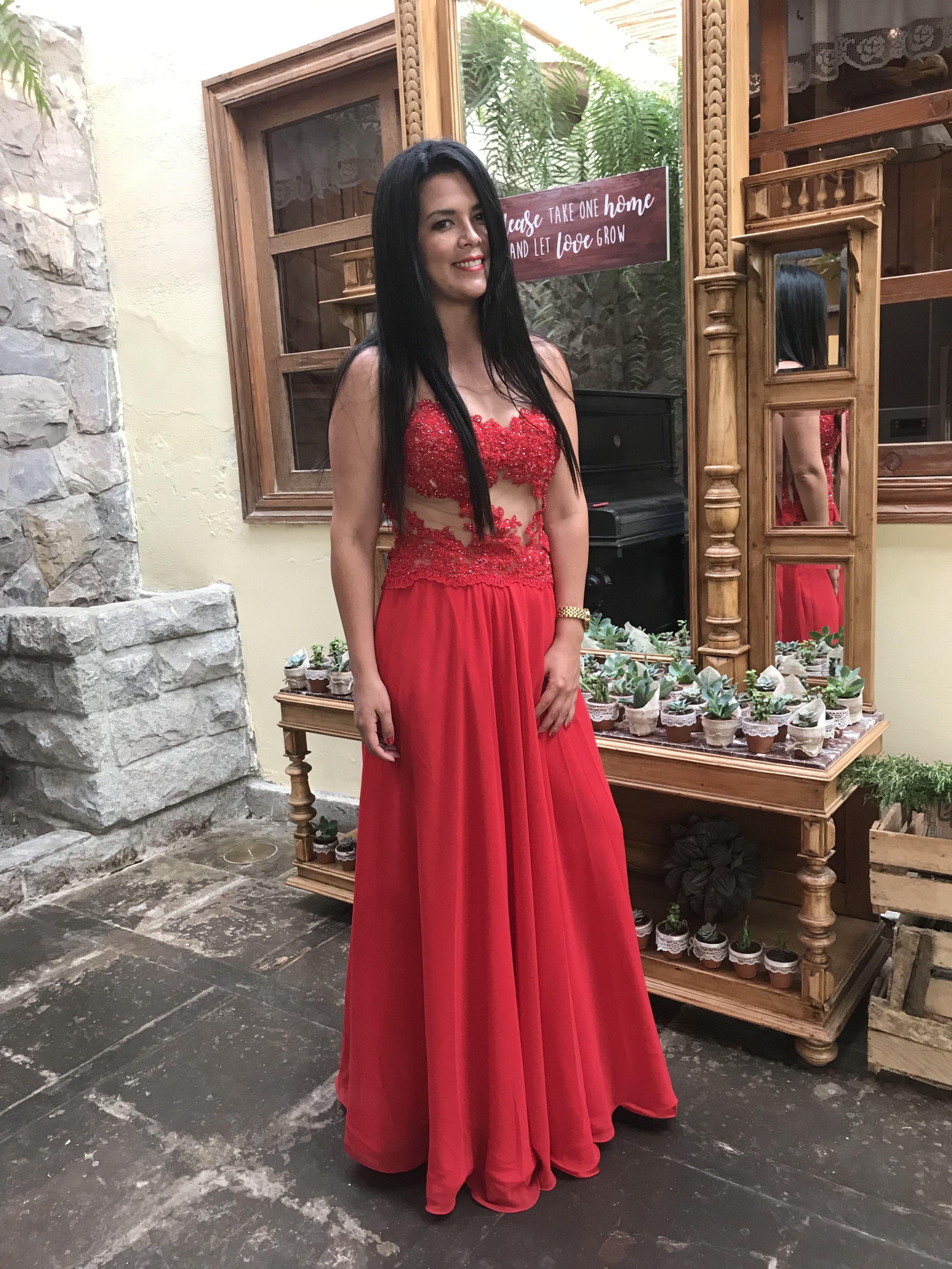 75daf2c3e Pin de Giovanna Milagros en Vestidos de fiesta