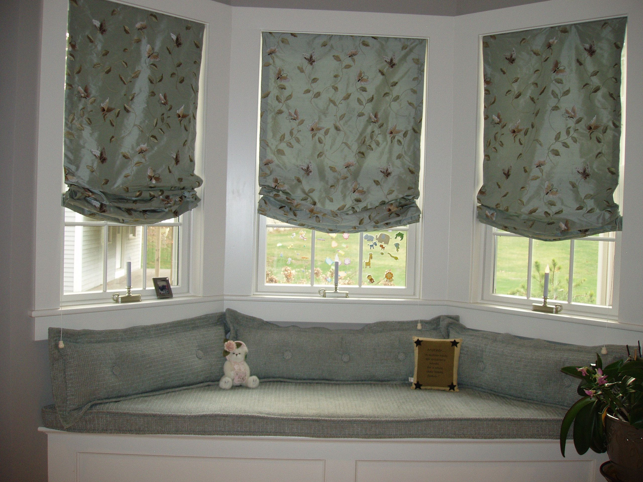 Decorations Window Seats Master Bedroom Window Seat With