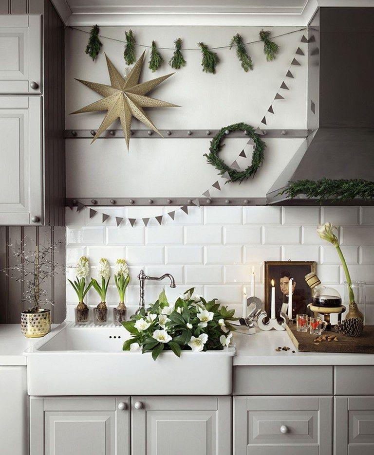 adorable rustic christmas kitchen decoration ideas 10 christmas kitchen decor christmas on kitchen xmas decor id=51532