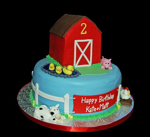 Enjoyable Farm Animal Themed 2Nd Birthday Cake With Red Barn Ducks Pig Cow Funny Birthday Cards Online Sheoxdamsfinfo