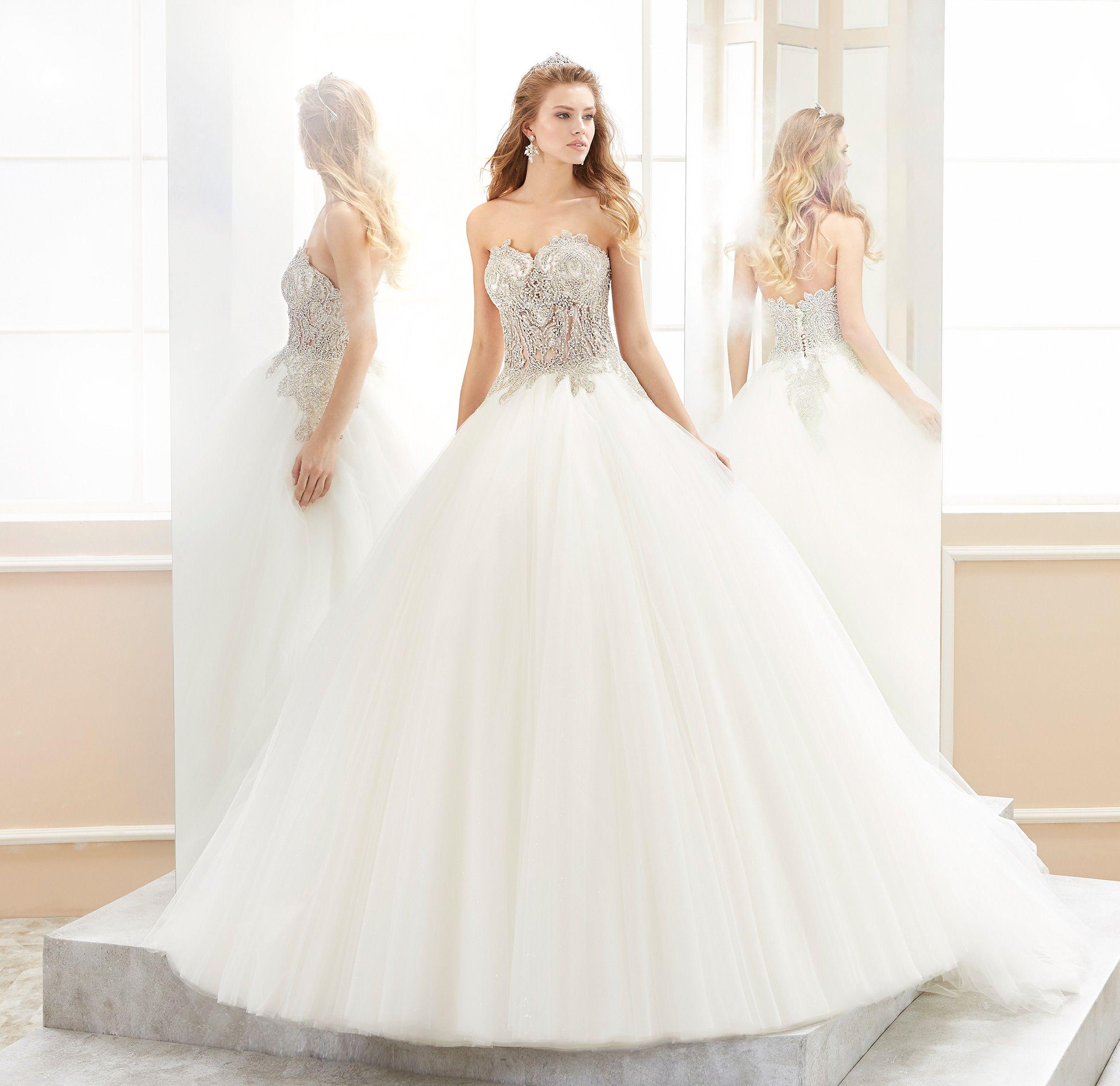 Moda sposa 2018 - Collezione ROMANCE. ROAB18823. Abito da sposa Nicole. 8a99d7dc757