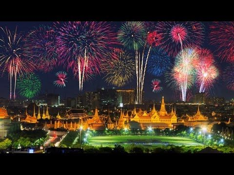 New Years Eve Firework Displays In Bangkok New Years Eve Fireworks Celebration Around The World Fireworks Display