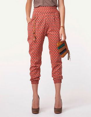 This has the same vibe as the CAbi Textures Slouch Pants. CAbi fashion is right on board with everyone.