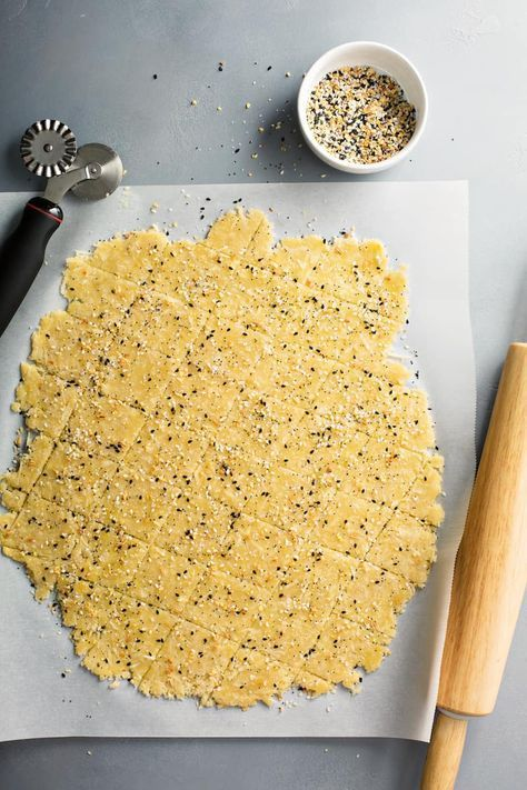 The best low carbohydrate crackers made from almond flour and ...   - Keto recipes -