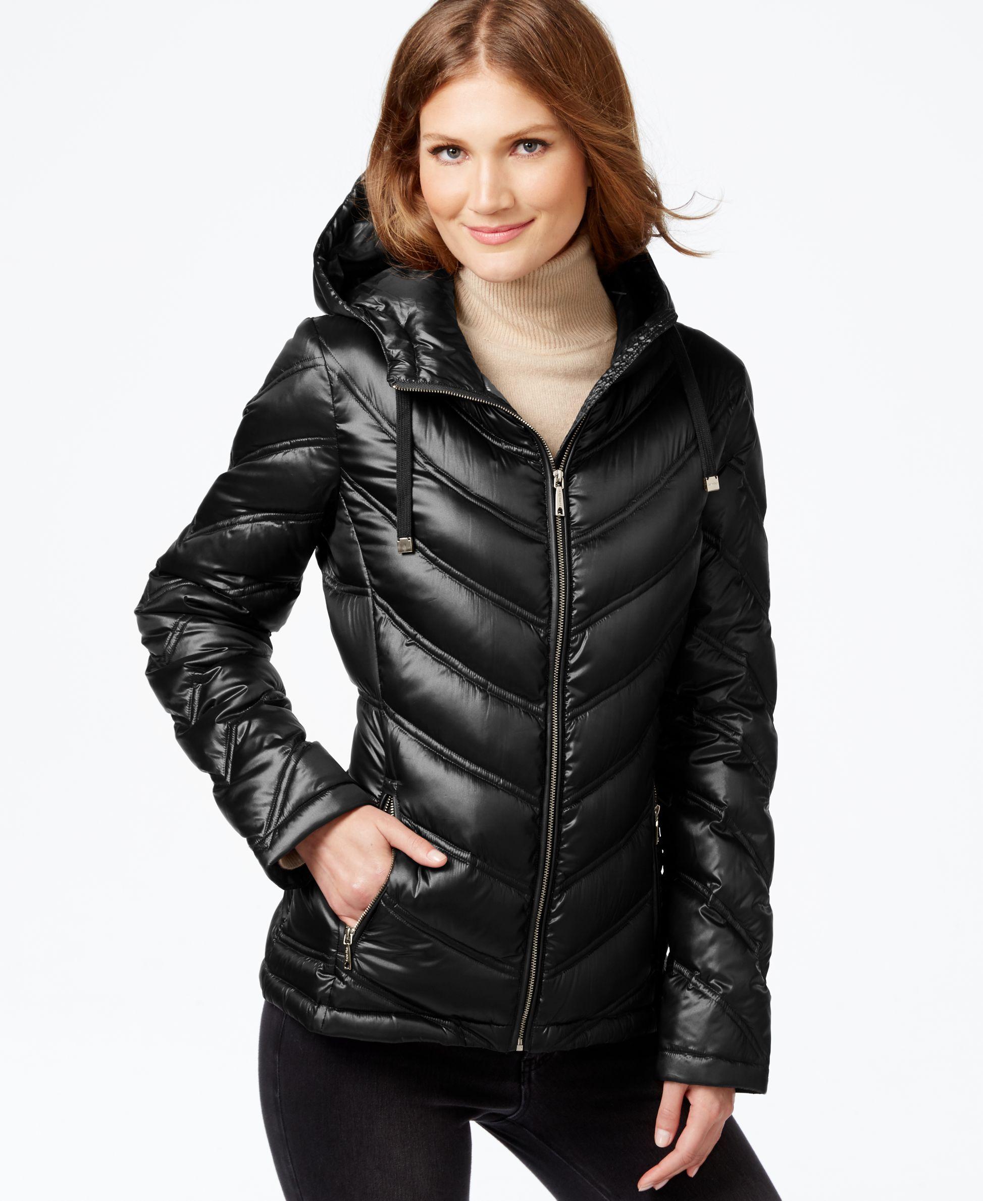 Calvin Klein Chevron Quilted Packable Down Puffer Coat Coats Women Macy S Down Puffer Coat Puffer Coat Puffer Jacket Women [ 2378 x 1947 Pixel ]