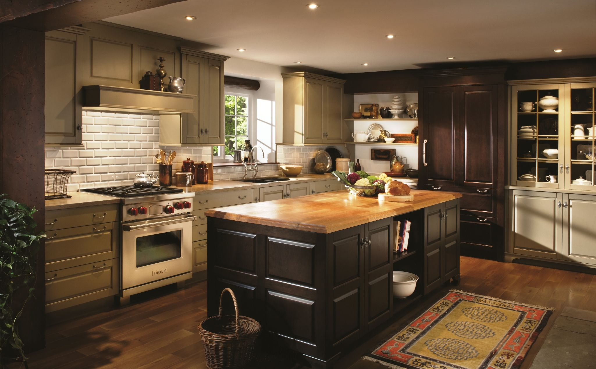 Area Wood Mode Design Showrooms Announce Special Event Diy