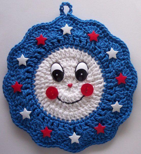 Crochet Smiley Face Potholder Wreath | häkeln | Pinterest ...
