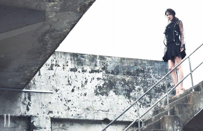 Lee Ji Ah's high fashion photo shoot with 'W Magazine' | Koogle TV