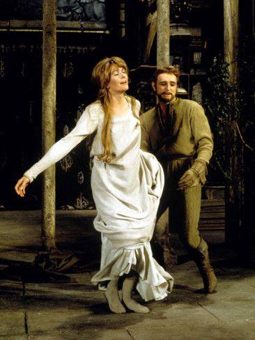 Camelot Vanessa Redgrave As Queen Guenevere Richard Harris