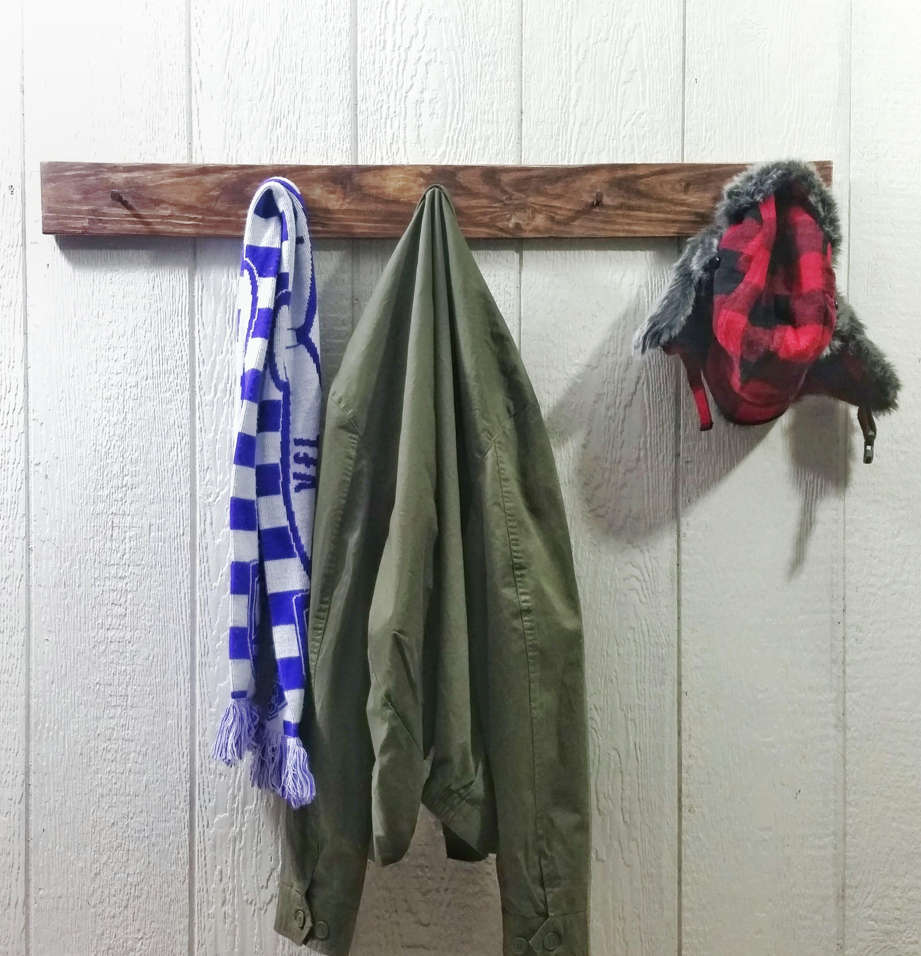 Backwoods Wall-mount Coat/Hat Rack