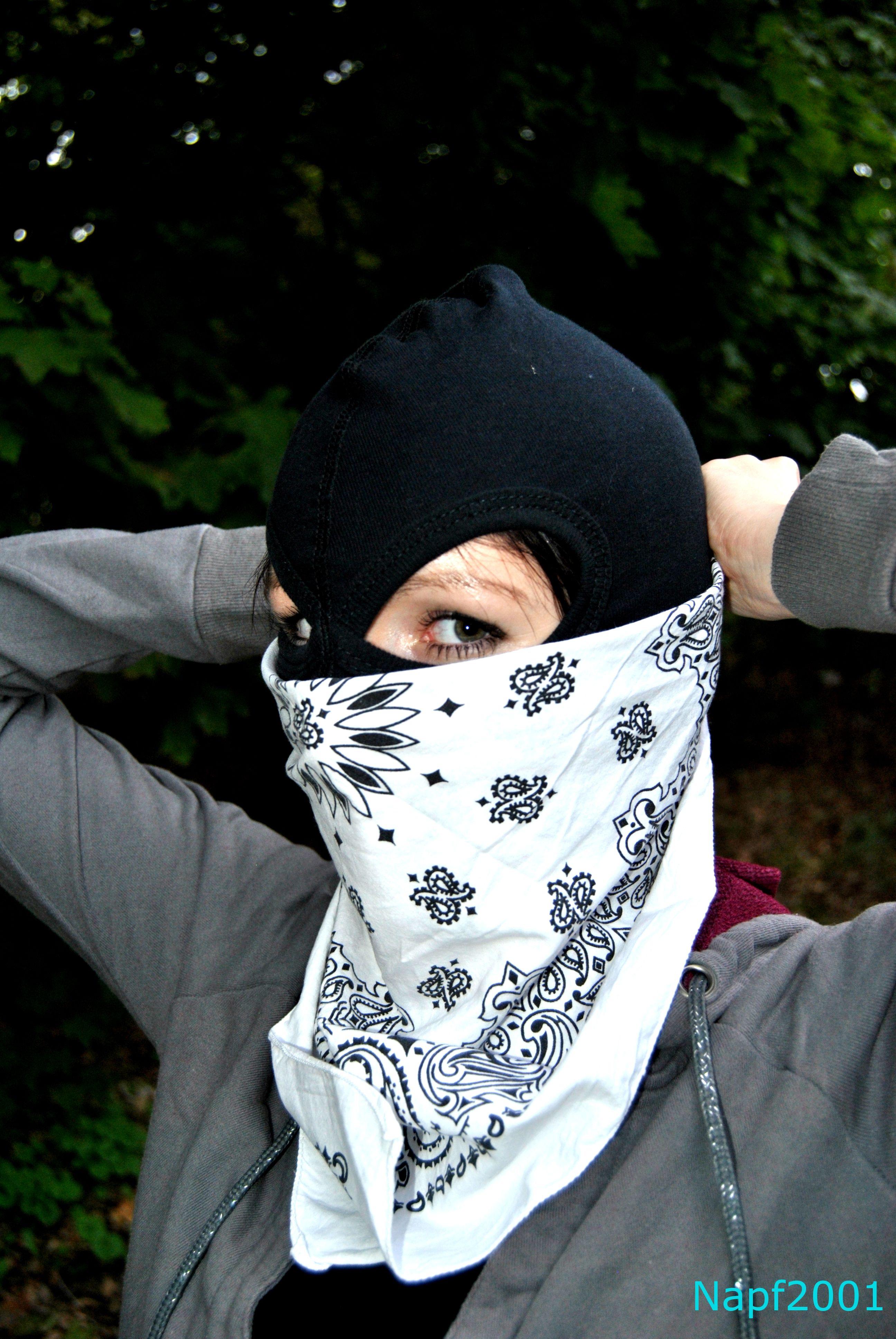 Preparing for the cold. White bandana. Napf2001 | Balaclava Girls ...