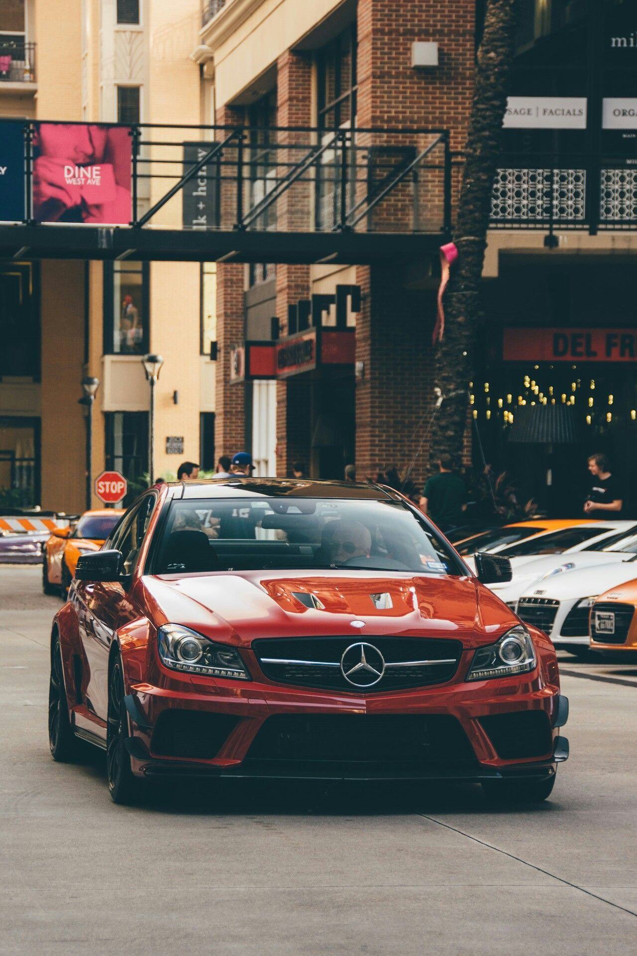 The Most Luxury Cars In The World With Best Photos Of Cars Luxury Cars Best Luxury Cars Super Cars