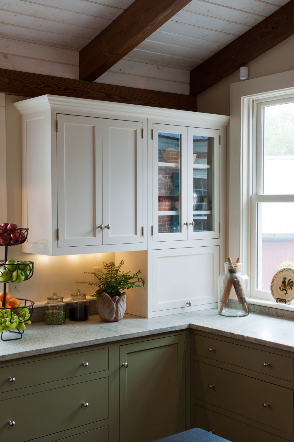 Kitchen Cabinetry Gallery Crown Point Cabinetry In 2020 Kitchen Cabinetry Custom Kitchen Cabinets Kitchen Inspirations