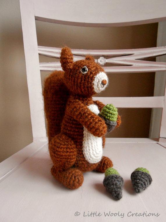 Crochet pattern Benjamin the squirrel (US terms), amigurumi ...