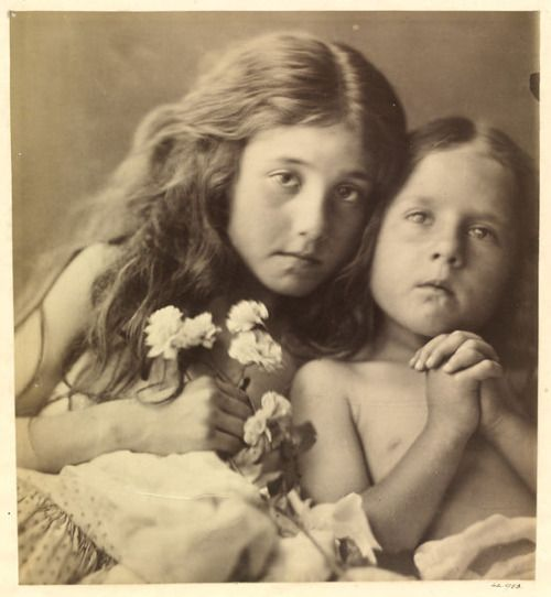 Julia Margaret Cameron, The Red & White Roses, 1865 Victorian Photography