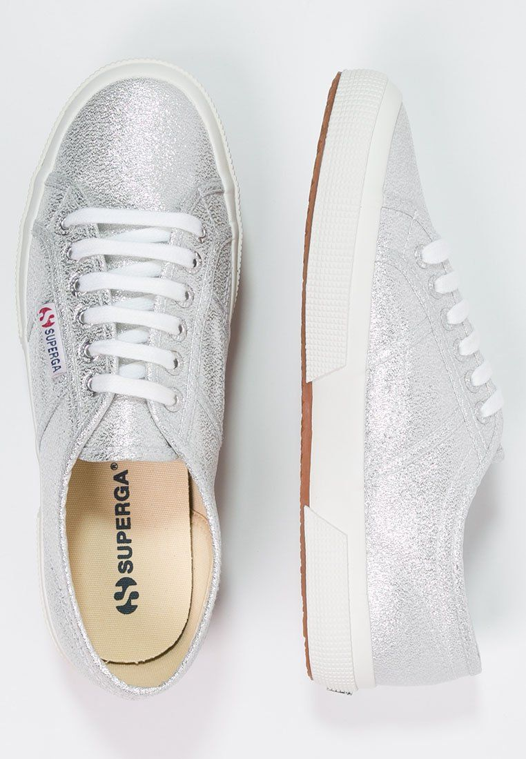 LAMEW Sneaker low silver @ </p>                     </div>   <!--bof Product URL --> <!--eof Product URL --> <!--bof Quantity Discounts table --> <!--eof Quantity Discounts table --> </div>                        </dd> <dt class=