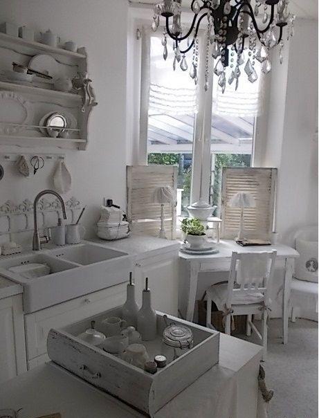Romantische Küchen hou dié pragtige fotos n wit kombuis ook oulike