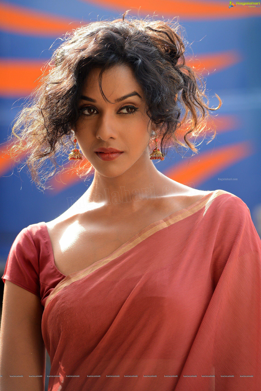 Pin by ONX NOX on Anupriya Goenka in 2020 Actress photos