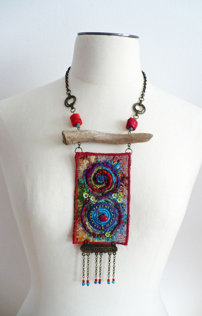 Boho necklace womans jewelry Animal jawbone Wire wrapped Tribal inspired necklace Beaded Necklace Southwestern inspired