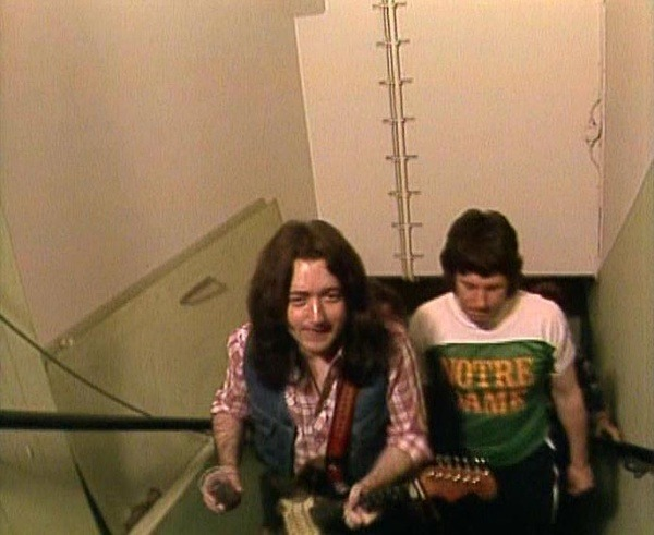 Rory Gallagher スクワット, (笑)