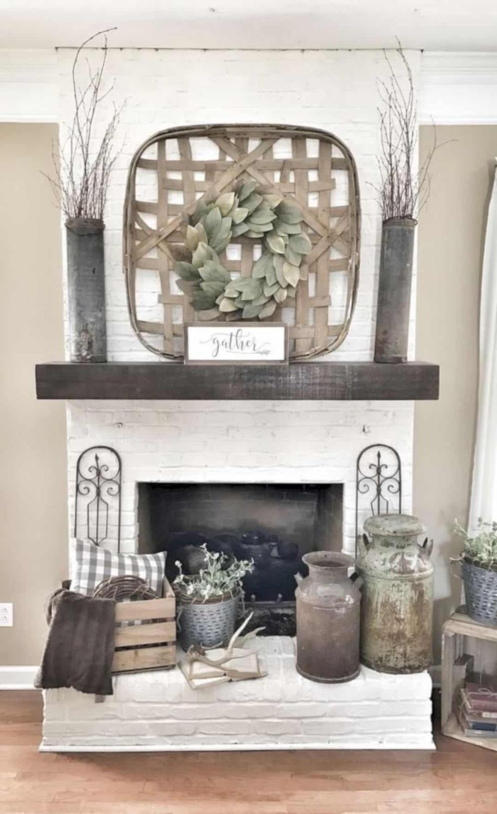 16 Fireplace Mantel Decorating Ideas  Futurist Architecture   seasonal mantel decorating ideas