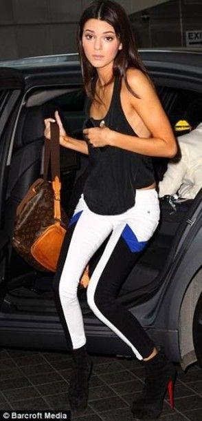 dc039540e9de pants kendall jenner celebrity christian louboutin louis vuitton pretty  printed pants jeans bag