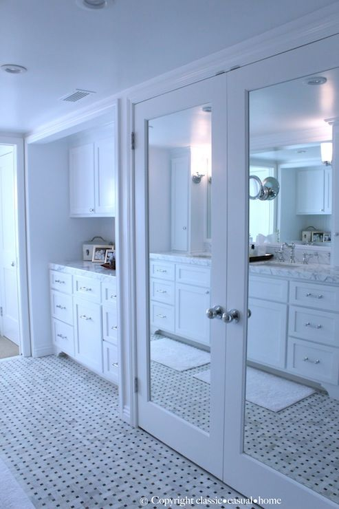 Photo of Mirrored closet doors, make your room look twice and big