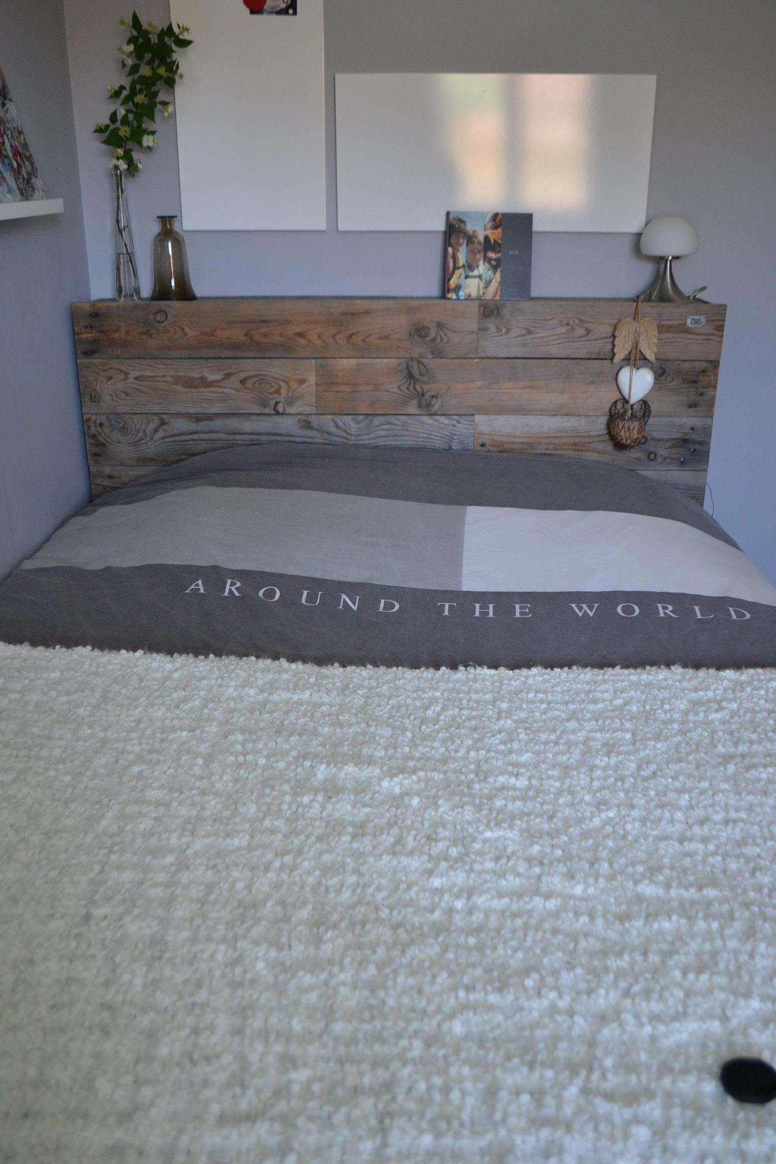 t te de lit avec rangement tag res sur le c t by r cup 39 lulu fait cavaillon france t te. Black Bedroom Furniture Sets. Home Design Ideas