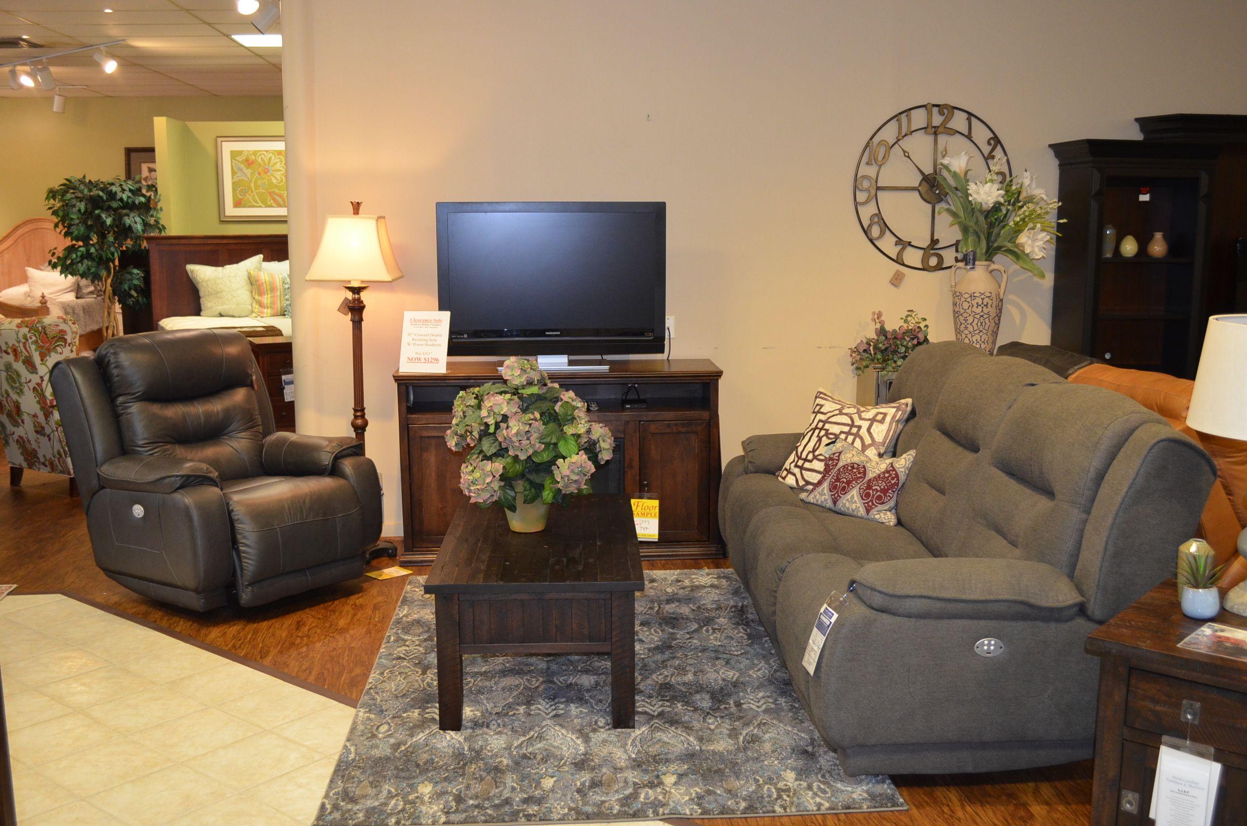 Wonderful Living Room   North Carolina Furniture U0026 Mattress   Newport News, VA