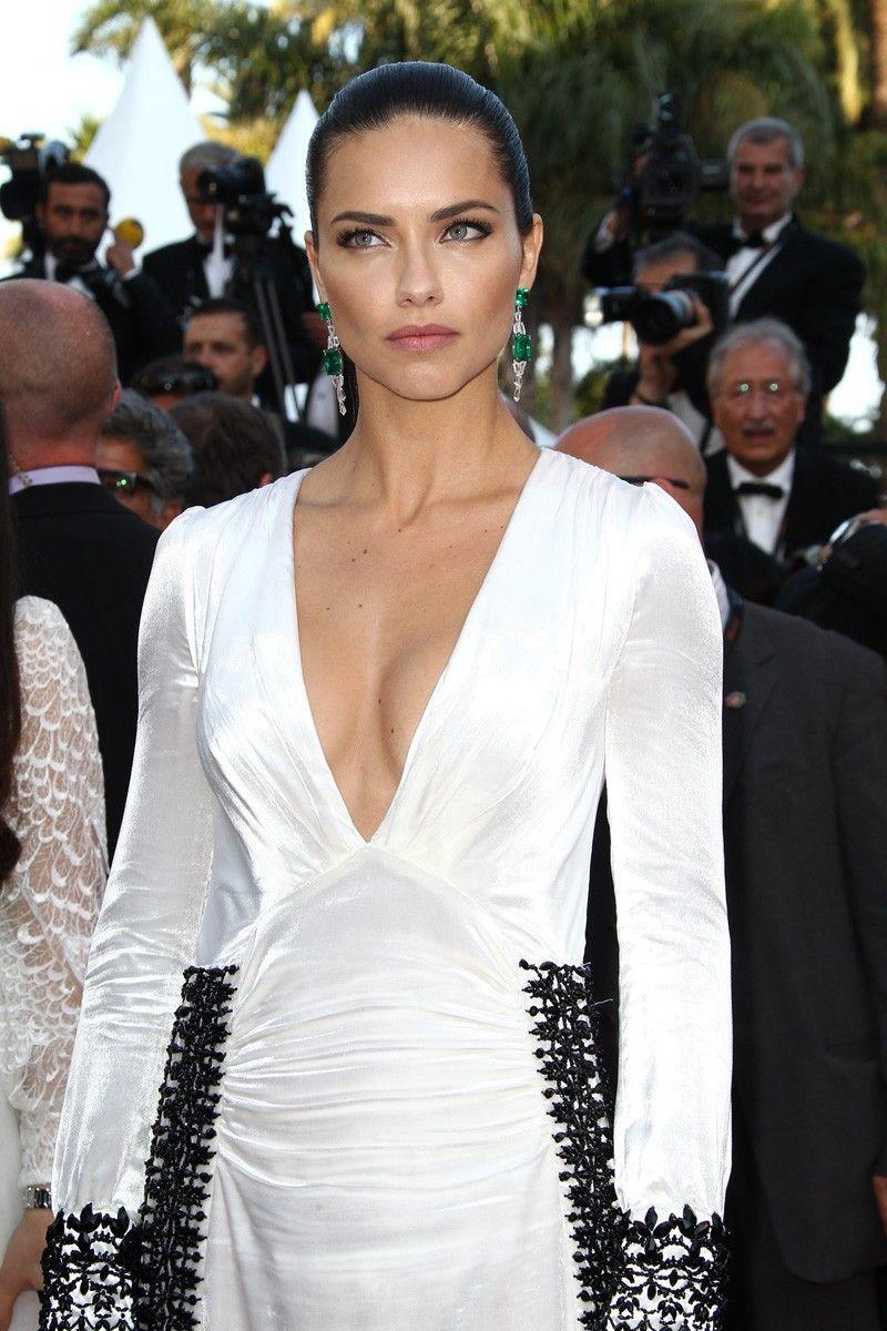 Cannes 2016: Adriana Lima.