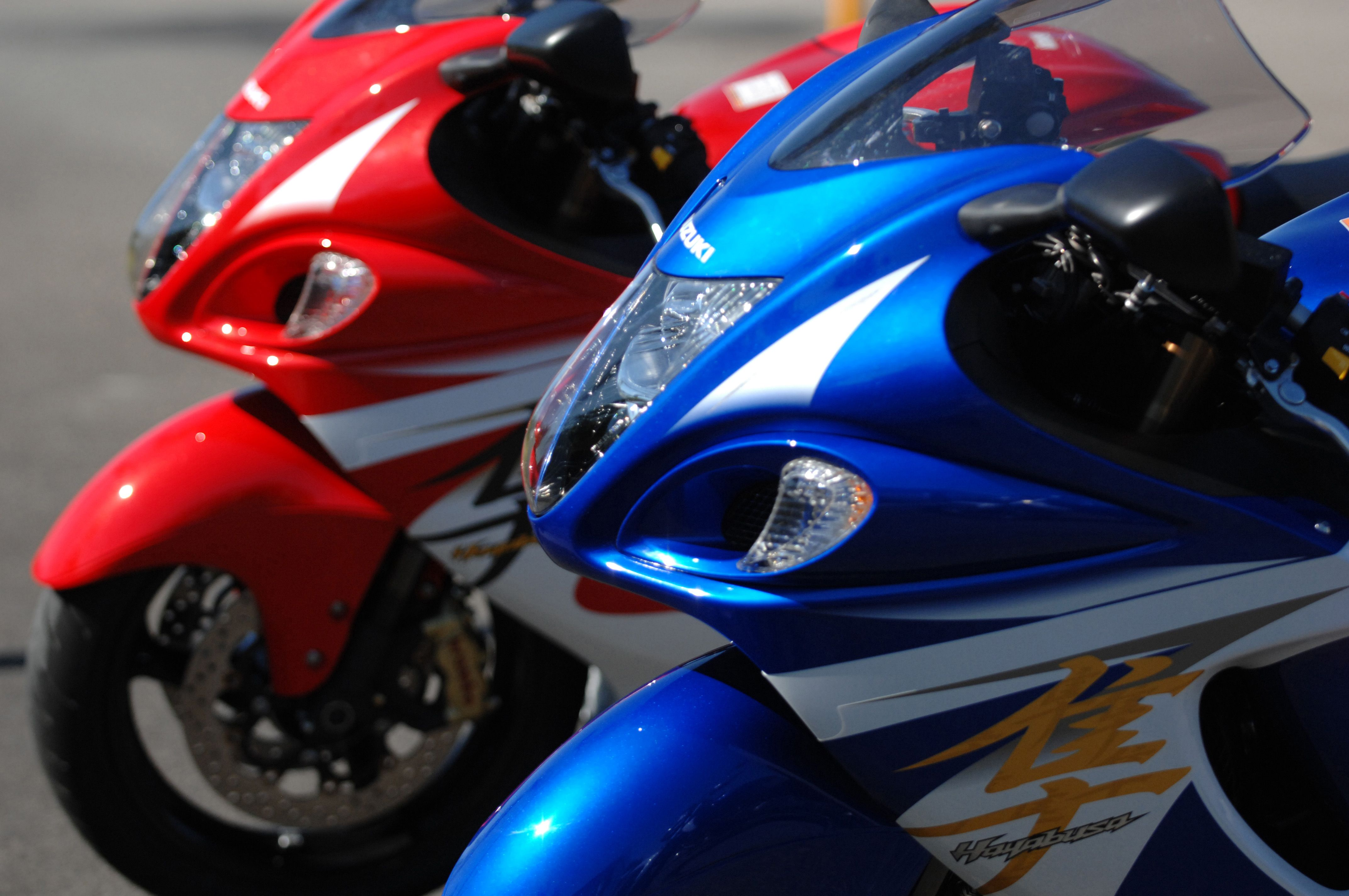 Two new colours for 2014 for the iconic suzuki hayabusa gsx1300r
