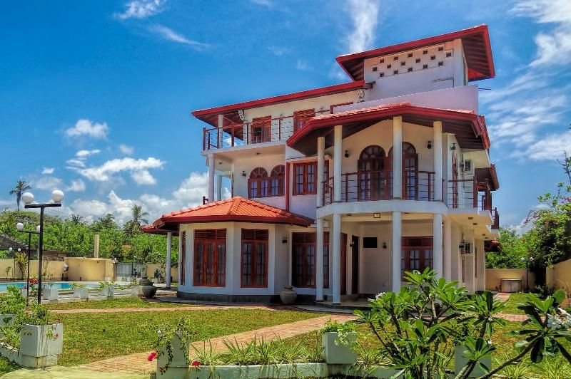 5 Bedroom Villa In Weligama To Rent From 1399 Pw With Solarium Balcony Terrace Air Con Telephone Tv And Dvd Villa Weligama Solarium
