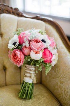 bouquet de fleurs rose pour le mariage