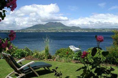 Lake Taupo, New Zealand  popular tourist destination