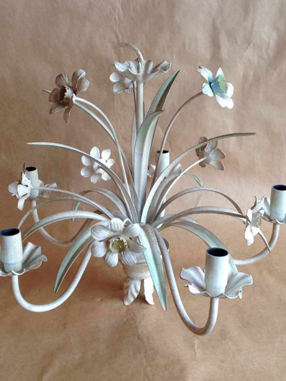 Vintage tole chandelier with daffodils daffodils chandeliers and vintage tole chandelier with daffodils arubaitofo Image collections