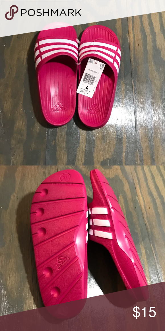 6c9120096c6d9 Girls Adidas Duramo Slides Girls Adidas Duramo Slides. Size 4 adidas Shoes