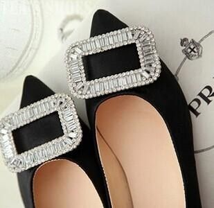 - Upper Material: Satin - Outsole Material: Rubber - Style: Flat Shoes - Types of Heels: Low Heel - Flats Type: Basic - Lining Material: PU - Item Type: Flats - Decoration: Buckle - Closure Type: Slip