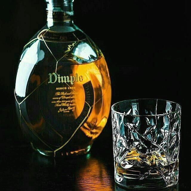 Link in bio #Repostby @vinwallet  Follow us  Like us  Tag a friend  Cheers to the #weekend  #vinwallet #vin #photoshoot #photography #whisky #dimplewhisky #f4f #wallet #swag #swagg #fresh #youth #travel #instafashion #instalike #instapic #instaboy #instafollowers  #whiskeylover #1 #mydubai #dubai #uae #Repost @dimplewhisky #melbourne  #sydney #australia    #dimplescotch #dimple #dimplewhisky #whisky #whiskey