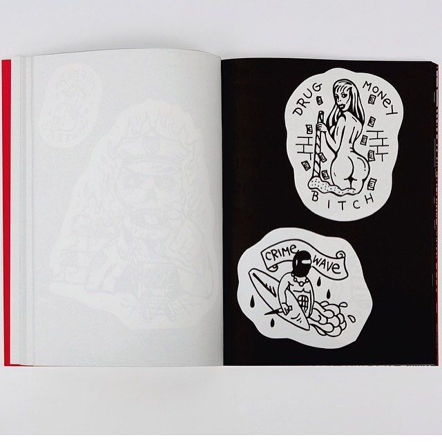 Few copies of my book FUZI FLASH TATTOO COLLECTION N*2  still available on my website WWW.FUZI-UVTPK.COM ( link in bio) free worldwide shipping
