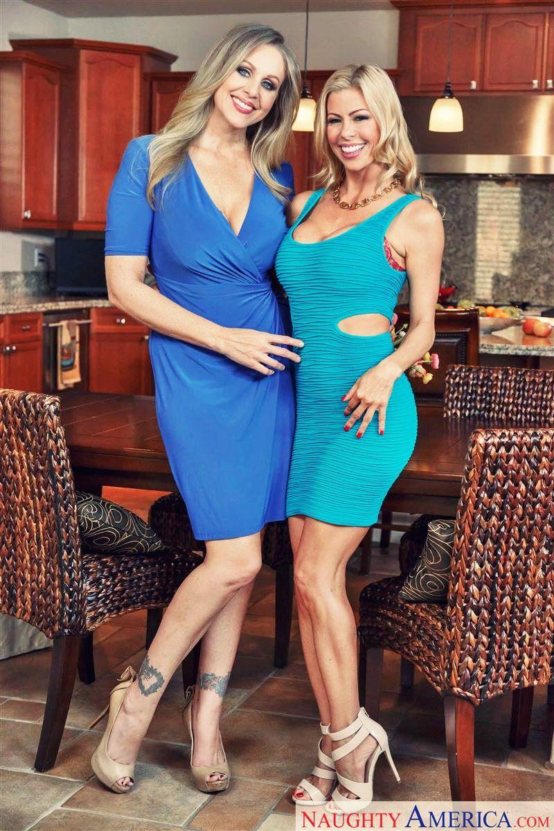 Alexis Fawx and Julia Ann Pornstar Large Photo | Julia Ann ...
