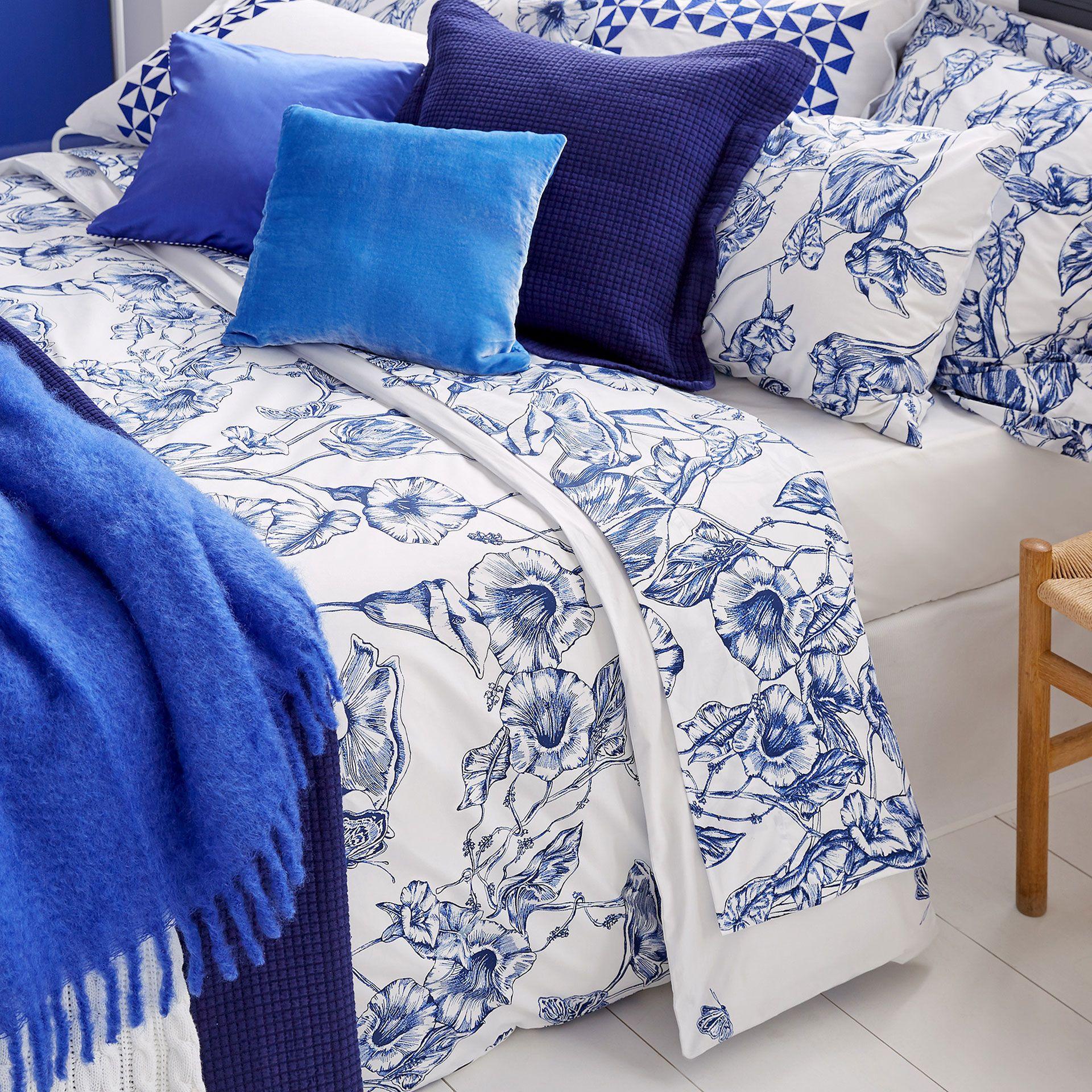 linge de lit coton percale imprim fleur linge de lit. Black Bedroom Furniture Sets. Home Design Ideas