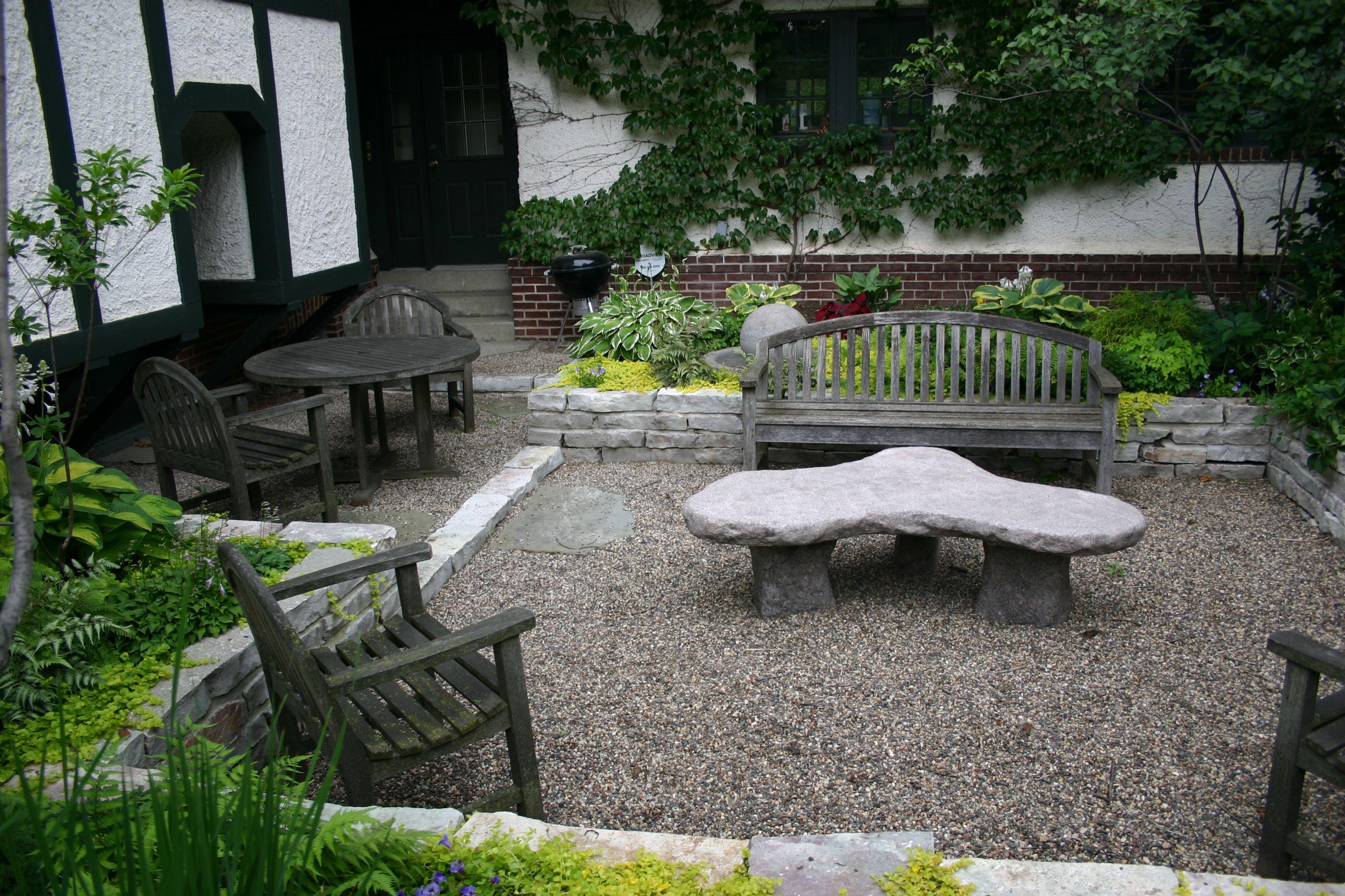 Sunked gravel patio | Gravel patio, Pea gravel patio, Patio