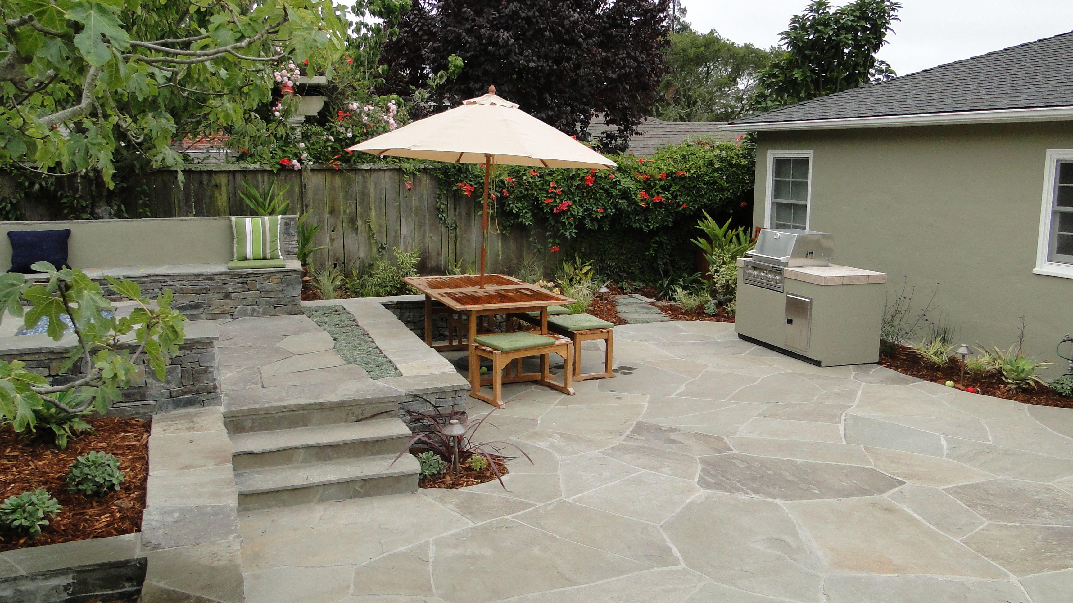 green stucco garden wall - Google Search | Garden wall ... on Green Wall Patio id=43391