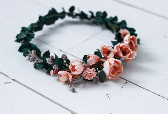 A dreamy combo of dusty rose and dark green, this flower crown is a must. The greenery is also REAL dried and preserved Eucalyptus so it smells