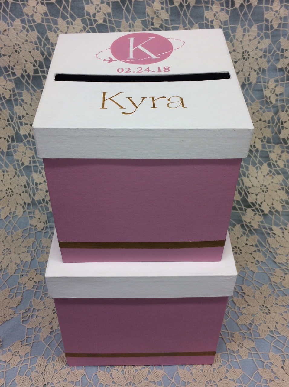 This 2 tier gift card box will hold up to 200 cards. My sample is painted mauve, gold and white but the colors can be changed to meet your needs.