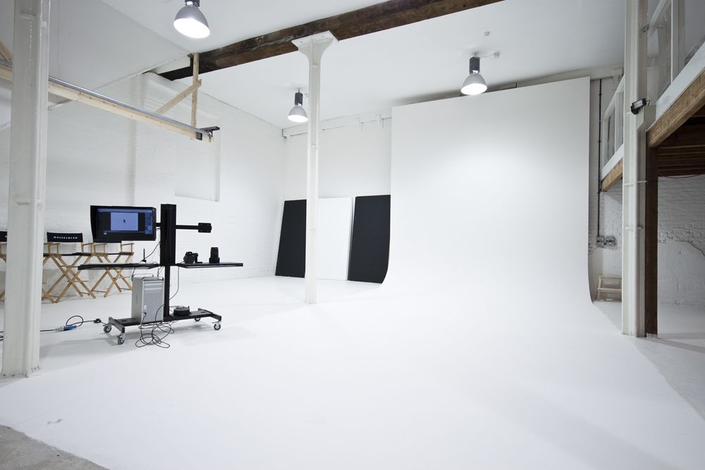 Professional Photography Studio Google Search Home Studio Photography Photo Studio Design Photography Studio Spaces